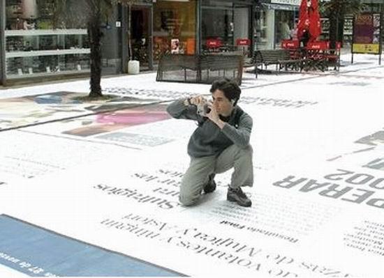 gazeta2 Газета El Pais «вымостить» главную улицу Монтевидео гигантскими страницами