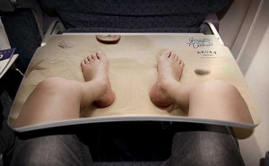 preview 600 371 300x185 Реклама курорта Аруба разместилась на столиках внутри самолетов